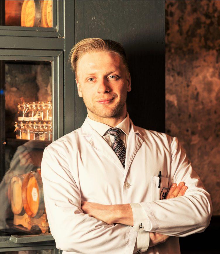 Марош Дзурус: «Алкоголь будущего – это Mezquavit, гибрид дымного мескаля и пряного аквавита»